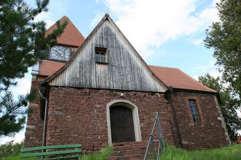 Kirche in Dobis